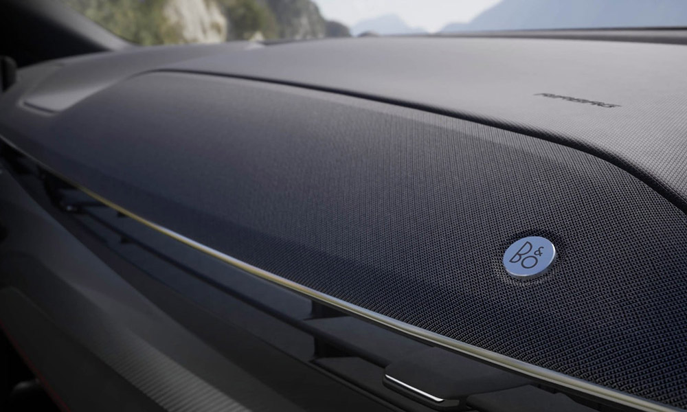 Ford-CX727-EU-UE4_CX727_M_L_49196-16x9-2160x1215-bb-b_and_o_speaker_detail.jpg.renditions.extra-large